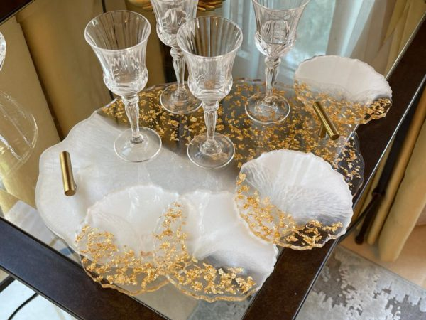 White and Gold Resin Tray with Coasters
